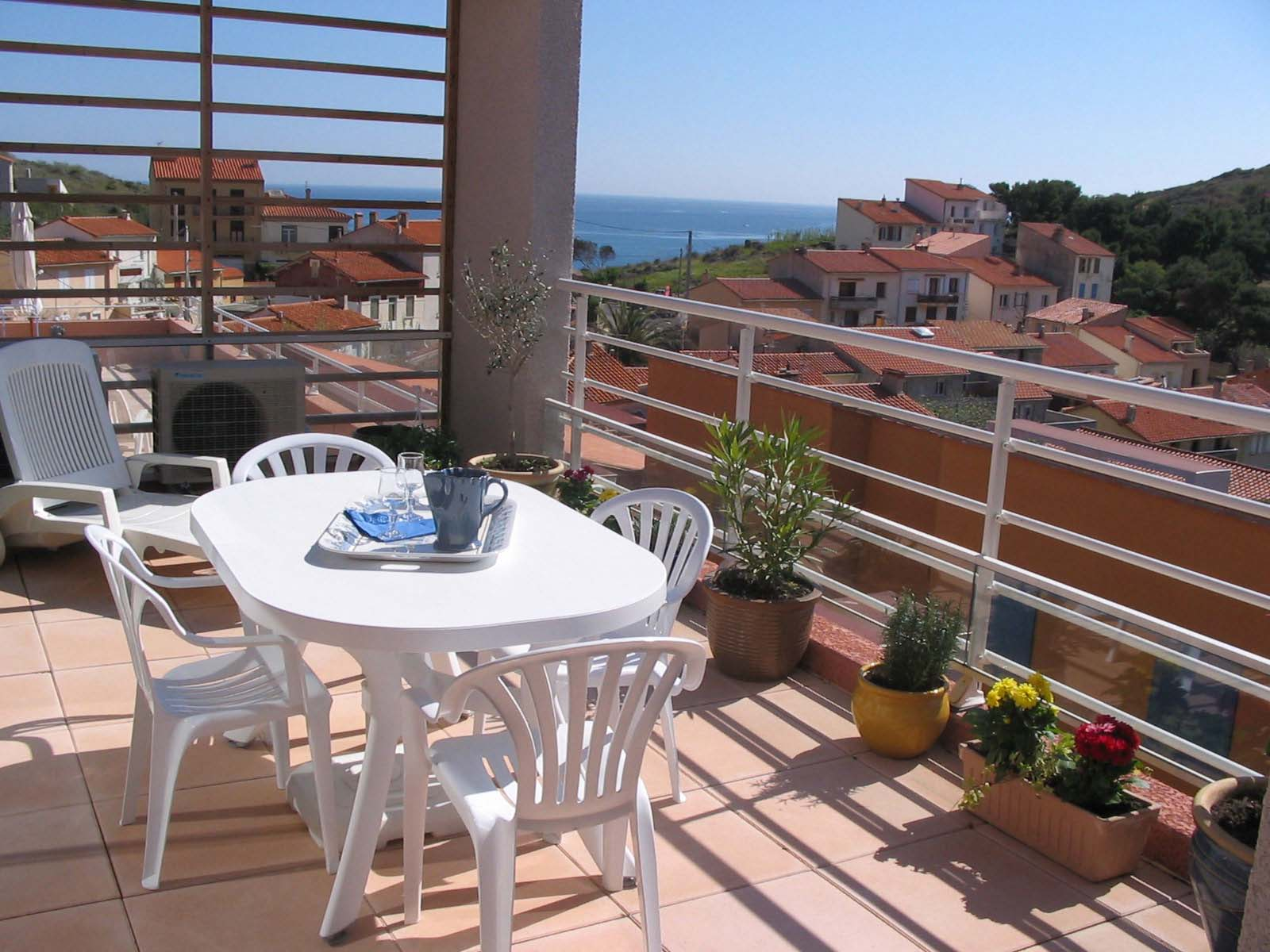 Apartment Balcony Design: Ideas about Small Balcony Design on ...